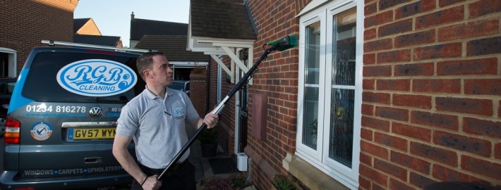 window cleaning bedfordshire